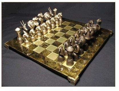 Rhodesian Ridgeback - Bronze - Chess Set