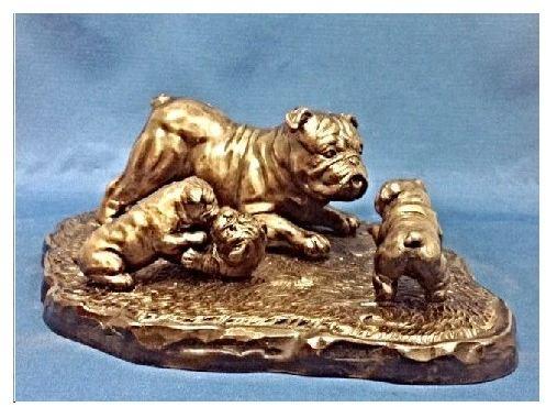 Bulldog- The Baby Sitter