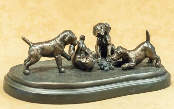 Weimaraner - Four Pups on Rug Base