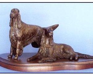 Gordon Setter Dog - Med. Pair on base